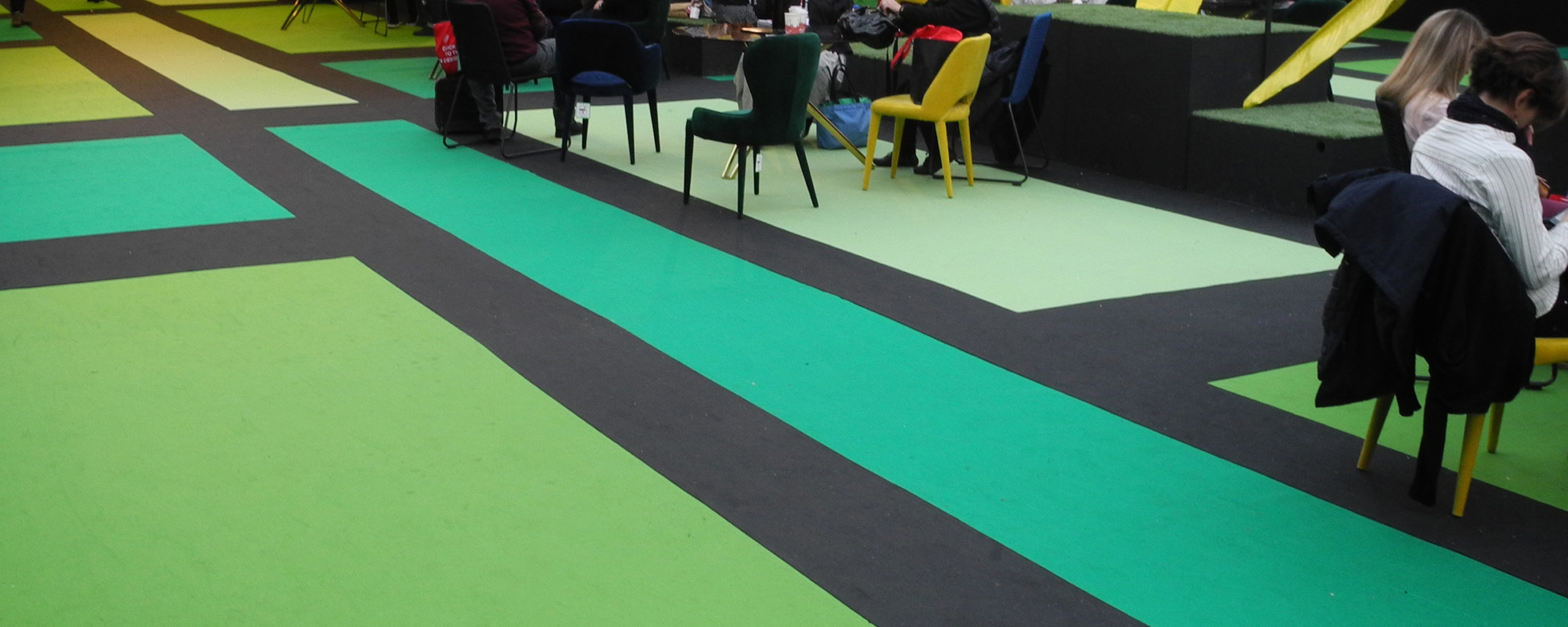 sommer-event-carpet-expostyle-expocolor-mid-green-black-apple-green-pistachio